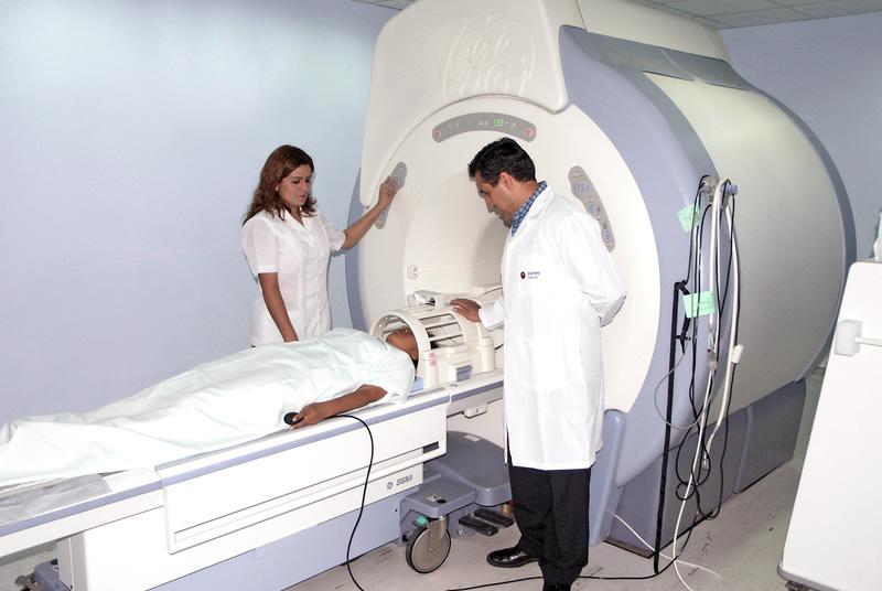 clinica-quiros-resonancia-magnetica-03